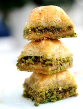 Veganes Baklava mit Pistazien